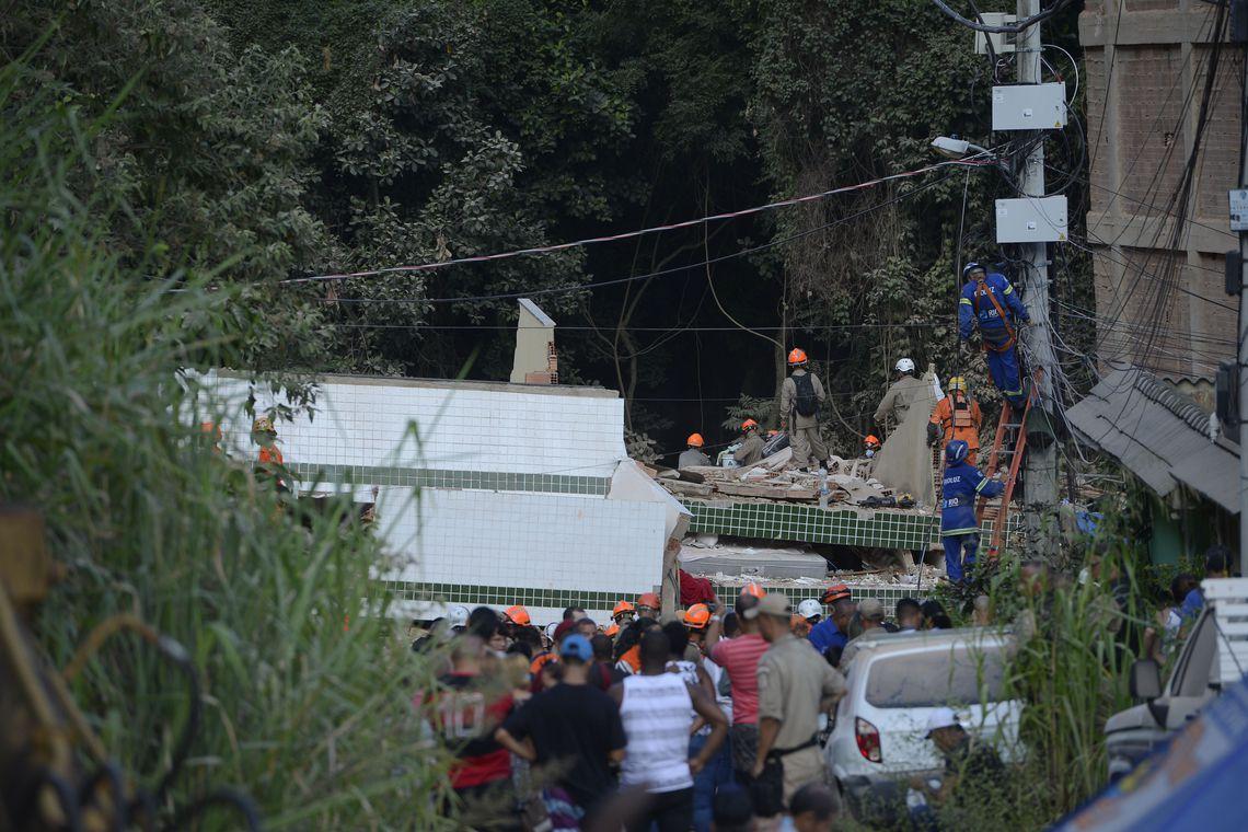 Trabalhos de resgate entraram no sexto dia. Foto: Fernando Frazão/Agência Brasil