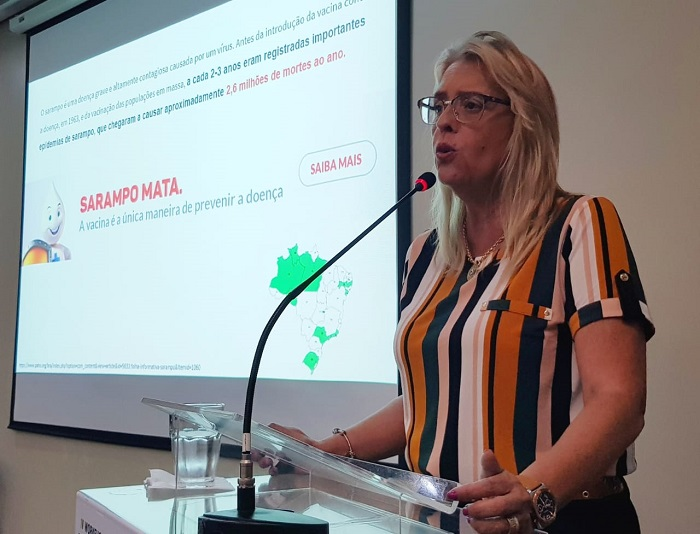Vice-presidente da SBIm, Isabella Ballalai, durante evento de pré-lançamento de campanha contra meningite. Foto: Marcelo Vittorino/Divulgação.