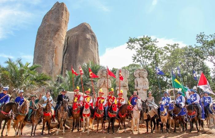 Representação da cavalhada. Foto: Chico Andrade/SeturPE