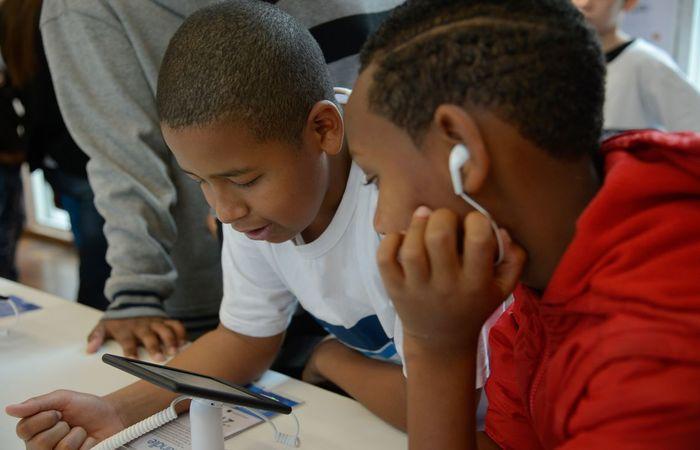 Celulares e tablets estão se tornando cada vez mais frequentes na vida das crianças e adolescentes. Foto: Tomaz Silva/Agência Brasil  (Foto: Tomaz Silva/Agência Brasil )