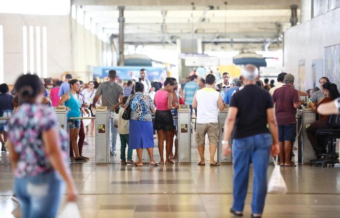 O Terminal Integrado do Recife tem seis linhas que transportam por dia cerca de 23 mil passageiros.  Foto: Paulo Paiva/DP. (O Terminal Integrado do Recife tem seis linhas que transportam por dia cerca de 23 mil passageiros.  Foto: Paulo Paiva/DP.)