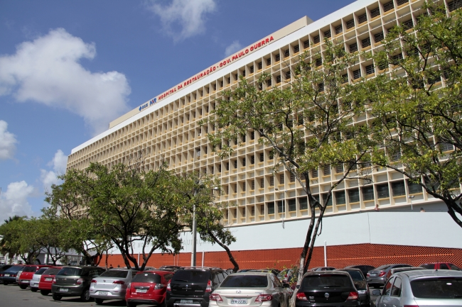 A vítima foi encaminhada para o Hospital da Restauração. FOTO: Arquivo/DP (A vítima foi encaminhada para o Hospital da Restauração. FOTO: Arquivo/DP)