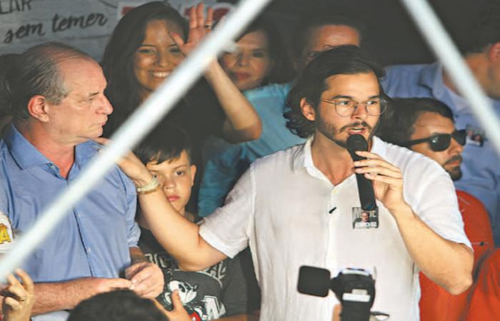 Candidatura de Túlio pode ajudar a montar palanques para Ciro Gomes em 2022 (Foto: Nando Chiappetta/DP) (Candidatura de Túlio pode ajudar a montar palanques para Ciro Gomes em 2022 (Foto: Nando Chiappetta/DP))