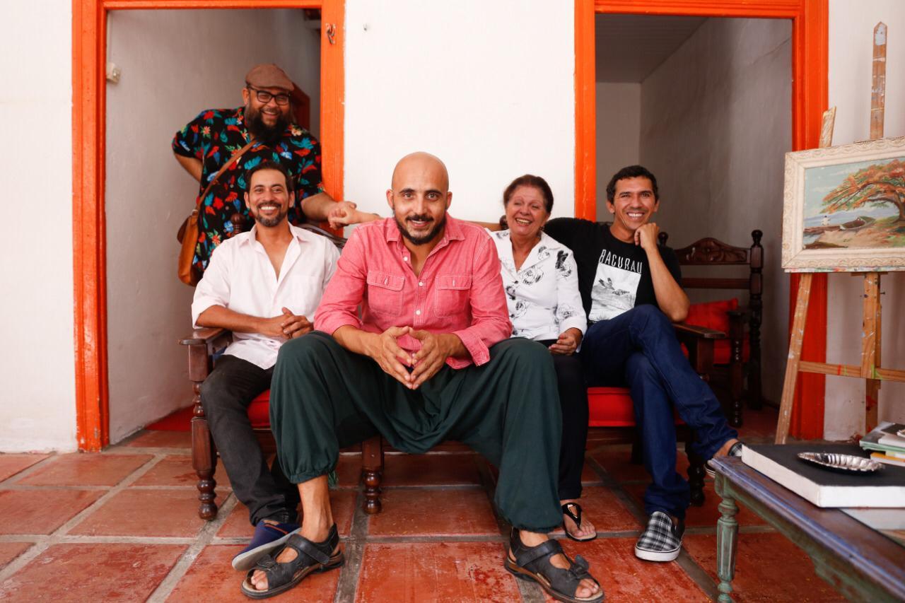 Márcio Fecher, Jr. Black, Rubens Santos, Val Júnior e Zoraide Coleto. Foto: Mandy Oliver/Divulgação