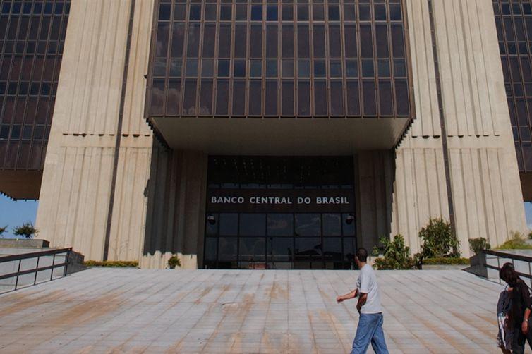 Instituições financeiras consultadas pelo Banco Central estimam que a Selic deve permanecer este ano no atual patamar: 6,5%. Foto: Wilson Dias/Agência Brasil