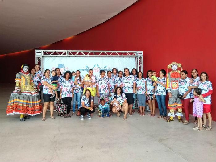 Mães de bairros de todas as áreas da cidade participaram da ação no Parque Dona Lindu. Foto: Tarciso Augusto/Esp.DP.