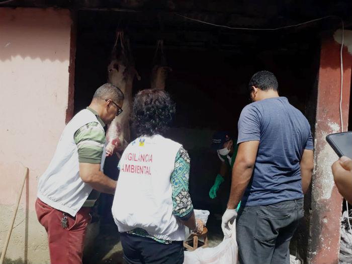 Um estabelecimento irregular de bode foi desativado, nesta quinta-feira, em Jardim Brasil II. Foto: Prefeitura de Olinda / Divulgação