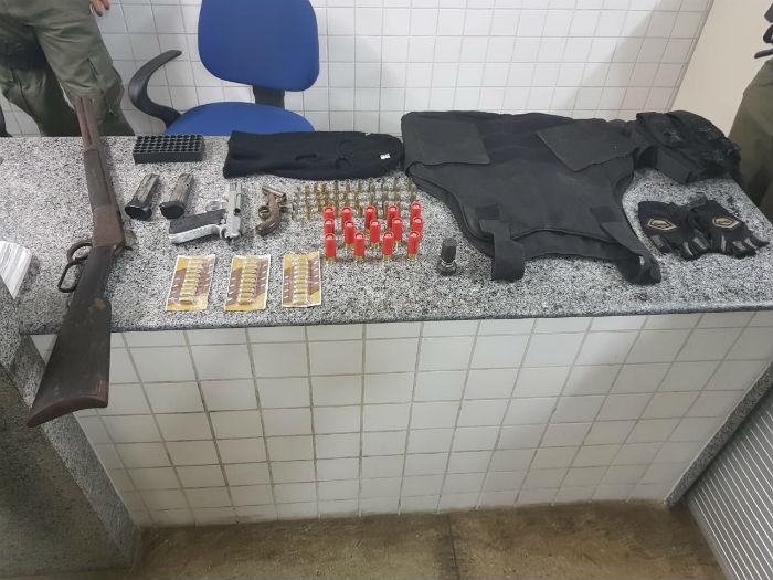 Assaltos eram praticados nas rodovias BR 232 e na PE 360. Foto: Polícia Rodoviária Federal / Divulgação