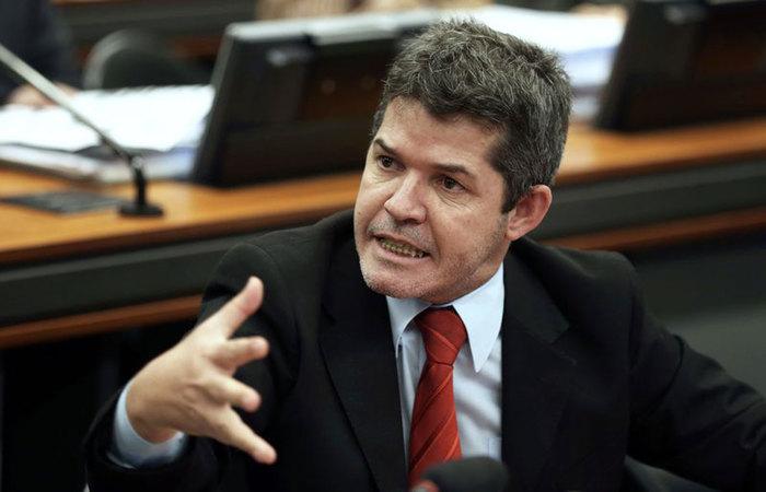 O Delegado Waldir (PSL-GO) teria supostamente confirmado o recuo. Foto: Marcelo Camargo/Agência Brasil (Foto: Marcelo Camargo/Agência Brasil)