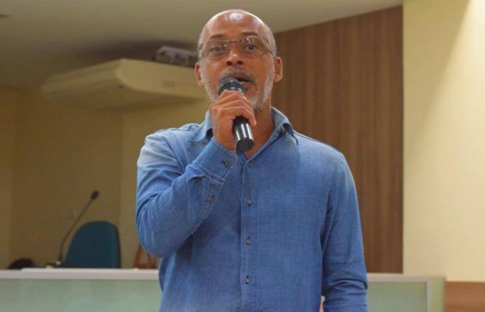 Na foto, o professor Henry Pereira da Silva. Foto: Reprodução/Facebook. (Na foto, o professor Henry Pereira da Silva. Foto: Reprodução/Facebook.)