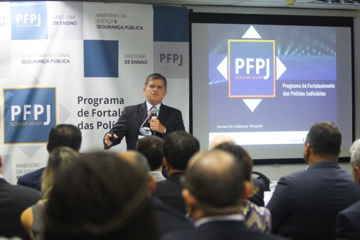 Na imagem, o General Guilherme Teophilo. Foto: Mandy Oliver/Esp.DP foto (Na imagem, o General Guilherme Teophilo. Foto: Mandy Oliver/Esp.DP foto)