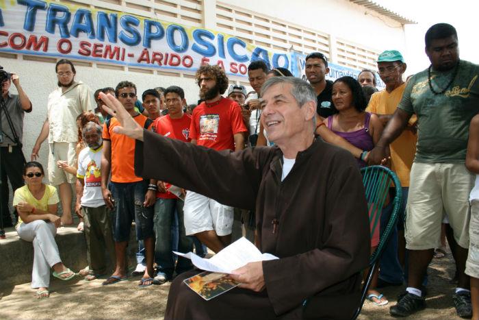 Religioso fez greve de fome em duas ocasiões para salvar o rio. Foto: Diario de Pernambuco.  Foto: Carlos Laerte/ CLAS