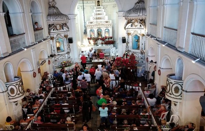 Movimento na capela começou na madrugada do dia dedicado à santa. Foto: Ione Nascimento/Esp. DP