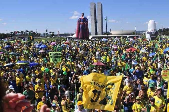 Movimentos de domingo (26/5) foram representativos, mas governo não dá mostras de empenho na articulação política. Foto: Minervino Júnior/CB/D.A Press