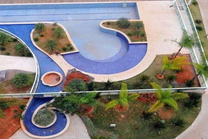 Condomínios tentam evitar inadimplência restringindo uso de piscinas. Foto: Minervino Junior/CB/D.A Press - 9/9/16