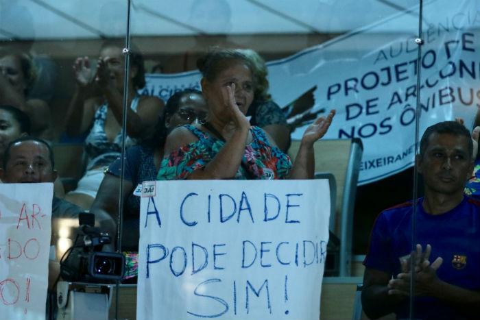 A proposta de implantar aparelhos nos ônibus foi defendida por associações de usuários de coletivos e discutida na casa legislativa. Foto: Tarciso Augusto/Esp. DP.