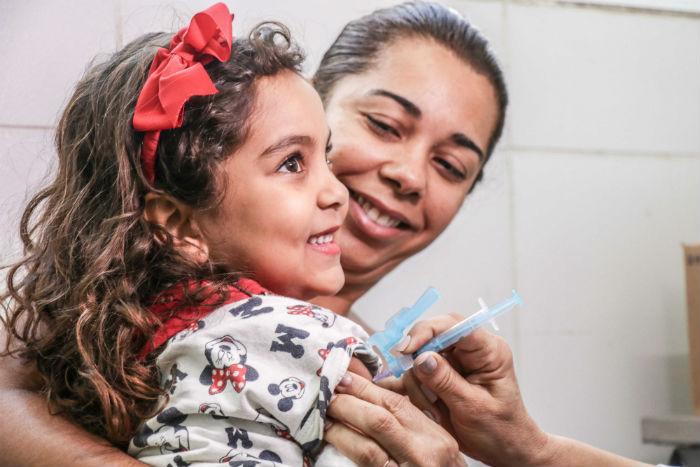 O Recife é uma das três capitais brasileiras que já conseguiram vacinar mais de 90% do público-alvo total. Foto: Ikamahã/Sesau PCR/Divulgação.