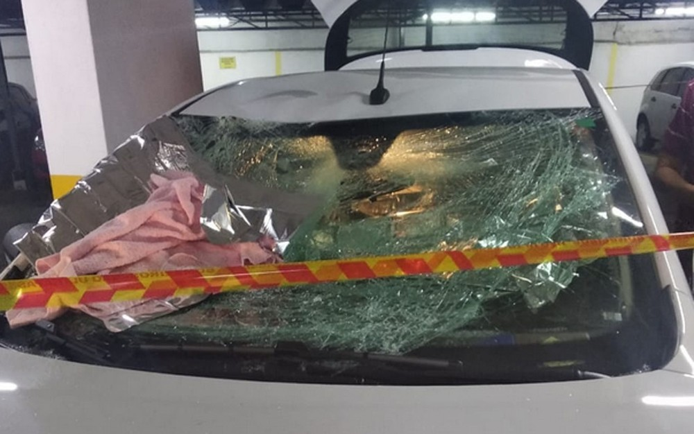 Carro amorteceu queda de menina em prédio na Zona Oeste de São Paulo. Foto: Reprodução/Polícia Militar