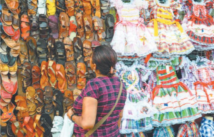 Com proximidade do Dia dos Namorados e do São João, expectativa é que crescimento de vendas seja entre 2% e 3% em relação ao mesmo mês de 2018. Foto: Joao Velozo/ Esp. DP.