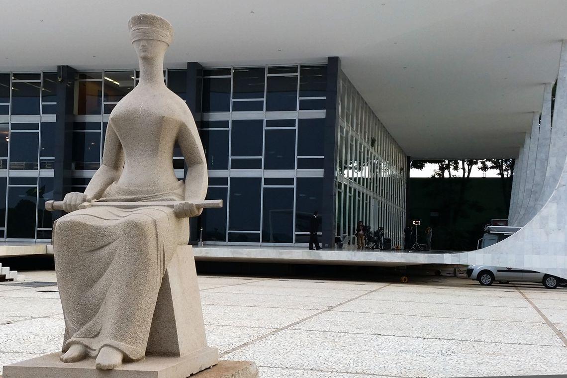 A PEC nº 88/2019 está na Mesa Diretora da Câmara, aguardando pela análise das assinaturas. A medida tem força para reacender a crise entre Congresso e Judiciário. Foto: Valter Campanato/Agência Brasil