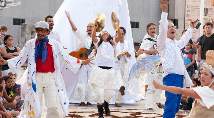 Haverá duas apresentações na Praça do Carmo, em Olinda, nesta quarta (5) e quinta (6). Foto: Caca Bernardes