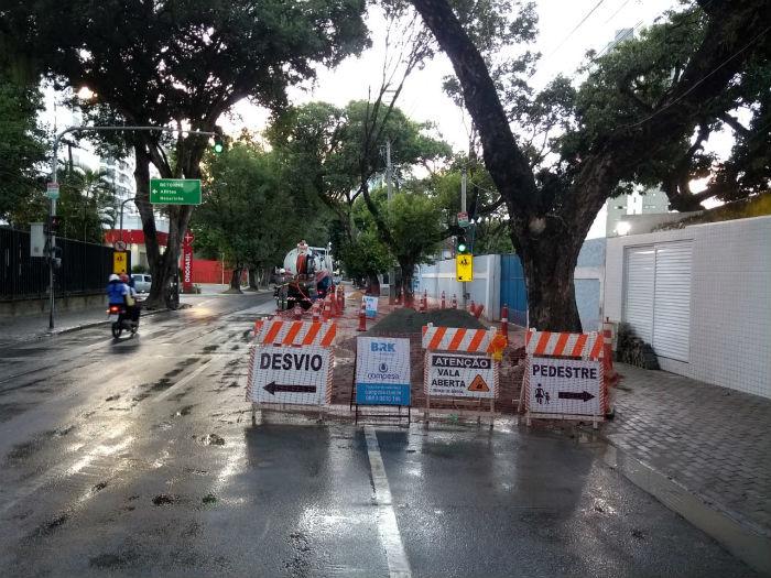 Via deve ser totalmente liberada em 15 de julho. Foto: Compesa/Divulgação.