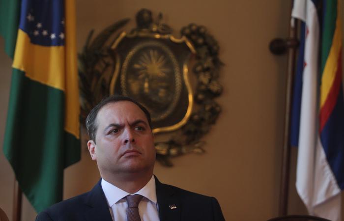 Paulo Câmara entende que momento é de diálogo e não de acirramento político. Foto: Mandy Oliver/Esp.DP