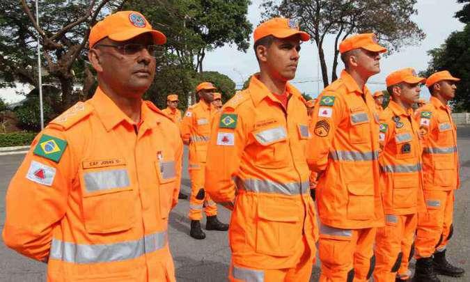 O segundo time de bombeiros especialistas em operações de busca, salvamento e gestão do desastre permaneceu por 30 dias. Foto: Jair Amaral/EM/D.A Press