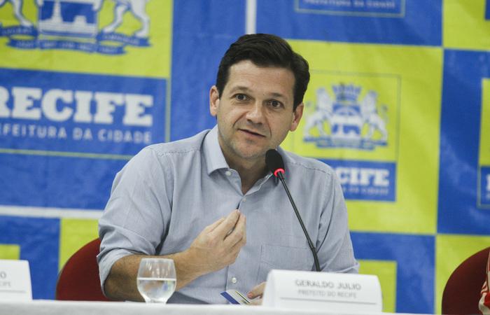 O prefeito afirmou que no Recife a festa será da paz. Foto: Bruna Costa/Esp.DP