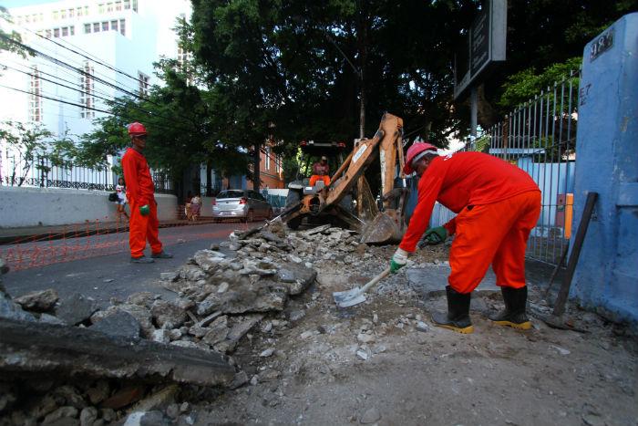 A Rua Oliveira Lima terá 1,2 mil metros quadrados de passeio público recuperados. Foto: Peu Ricardo/DP.