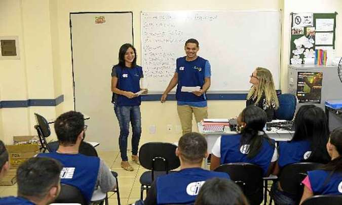 Centro de Integração Empresa-Escola ajuda na colocação de jovens no mercado de trabalho. Foto: Ed Alves/CB/D.A. Press