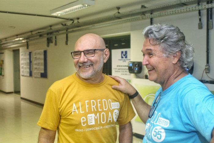 Com 31,26% dos votos, os professores Alfredo Macedo Gomes e Moacyr Cunha de Araújo Filho foram eleitos. Foto: Afinco Digital/Divulgação.