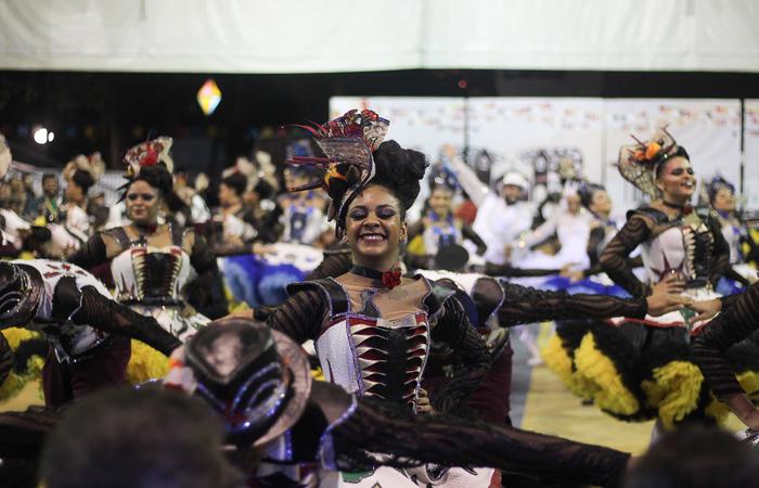 A Dona Matuta é do bairro de San Martin, na Zona Oeste do Recife. Foto: Samuel Calado/DP