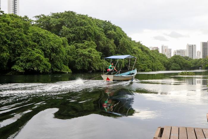 Resultado de imagem para Projeto prevê implantação de 'Uber dos barcos' no Recife