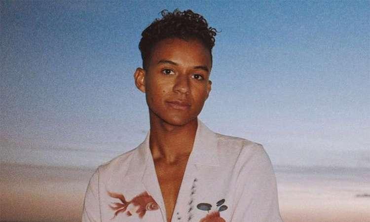 Filho de Jarmaine Jackson, um dos integrantes do Jackson Five, Jaafar descobriu seu talento para a música por acaso. Foto: Reprodução/Instagram