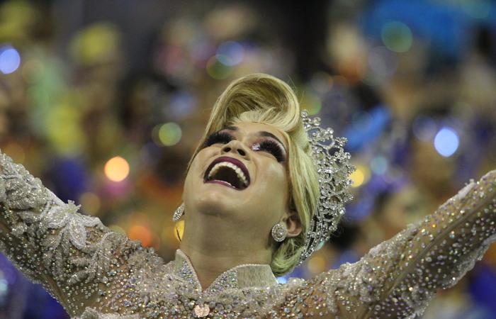 Taynara Gomes, noiva da Junina Lumiar. Foto: Samuel Calado/DP