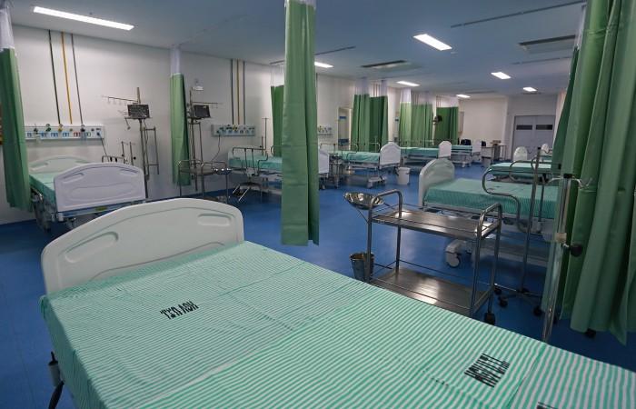 Resultado de imagem para Celpe coloca lâmpadas de LED em unidades médicas de Pernambuco