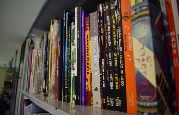 A coleção é composta por álbuns, revistas, minisséries, fanzines e mangás. Foto: FUNDAJ/Divulgação