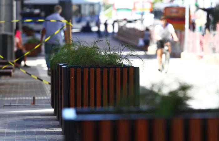Detalhe da nova calçada - Peu Ricardo/DP