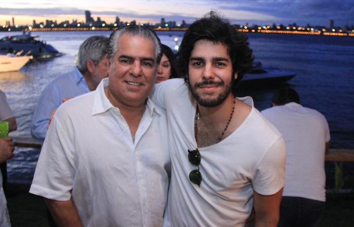 DJ Jopin com o pai, o empresário José Pinteiro Neto, que continua preso - Luiz Fabiano/Divulgacao