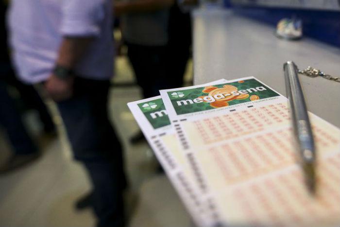 A Quina teve 18 acertadores, cada um vai receber R$ 77.574,63. Foto: Arquivo/Marcelo Camargo/Agência Brasil.