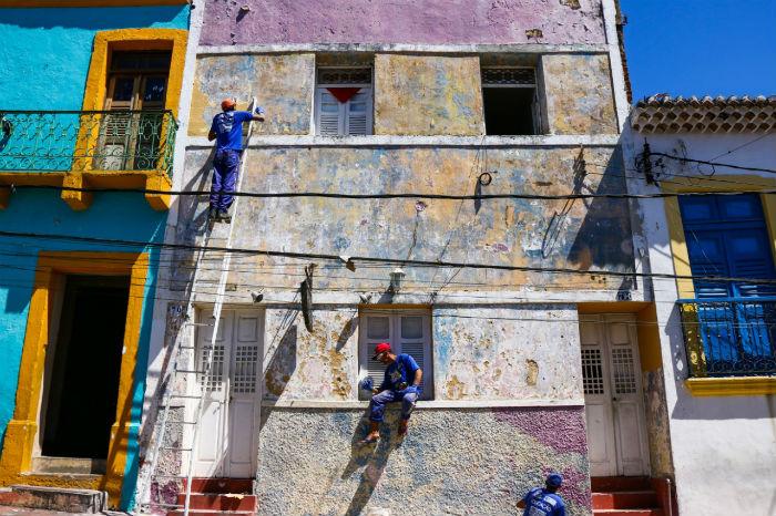 Resultado de imagem para Projeto que pinta o casario antigo de Olinda concorre a prêmio nacional
