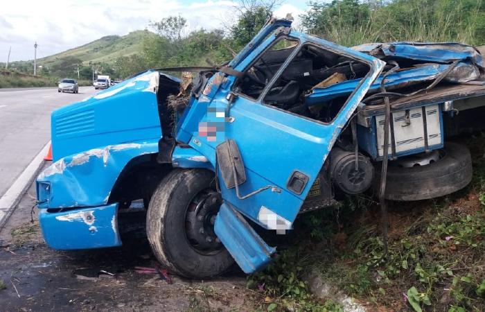 Acidente aconteceu no quilômetro 62 da BR-232, em Pombos - Divulgação/PRF