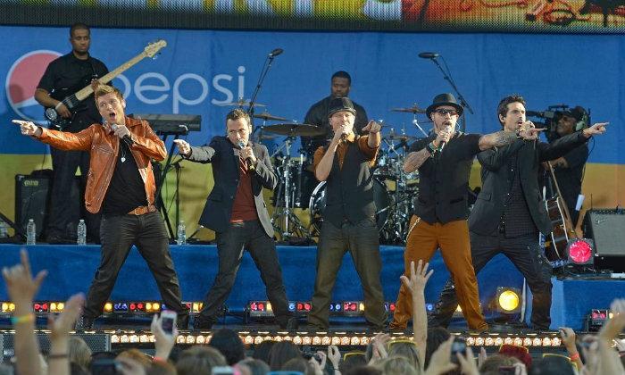 Com um álbum novo após seis anos sem produções, boy band pretende vir ao país com a turnê. Foto: Backstreet Boys/AFP