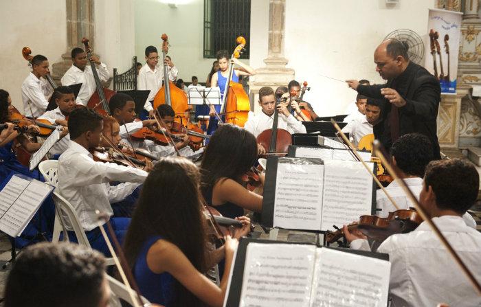 Apresentação do grupo musical promete despertar nostalgia no público presente. Foto: Divulgação/Orquestra Criança Cidadã