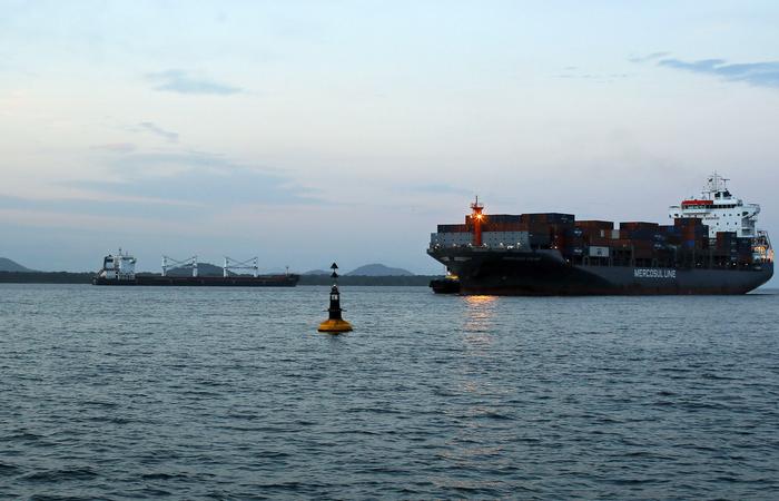 Navio iraniano ancorado no porto de Paranaguá. Foto: Heuler Andrey/AFP (Foto: Heuler Andrey/AFP)