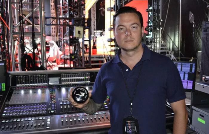 Dan Horton é engenheiro de áudio da equipe de Gaga. Foto: Facebook/Divulgação