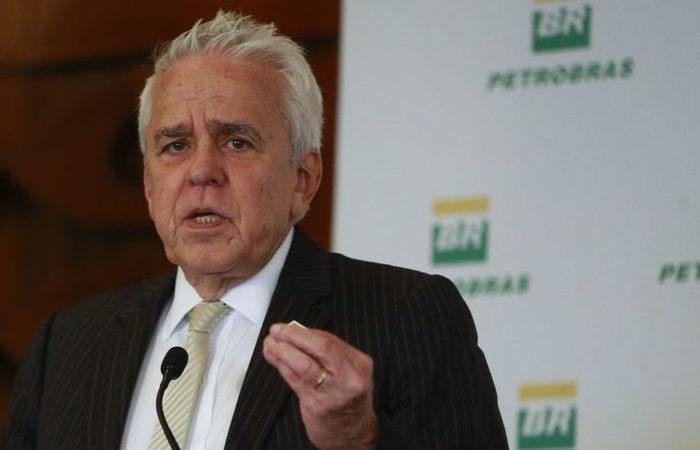Resultado de imagem para Petrobras não deve investir em energias renováveis, diz presidente