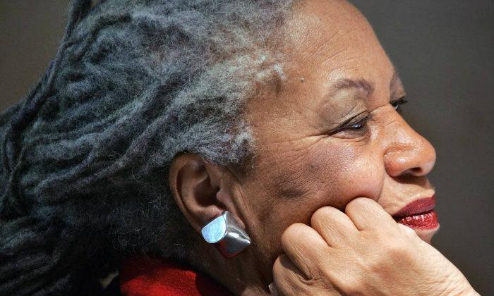 Morrison era mais conhecida pelo romance Amada. Foto: FRANCOIS GUILLOT / AFP