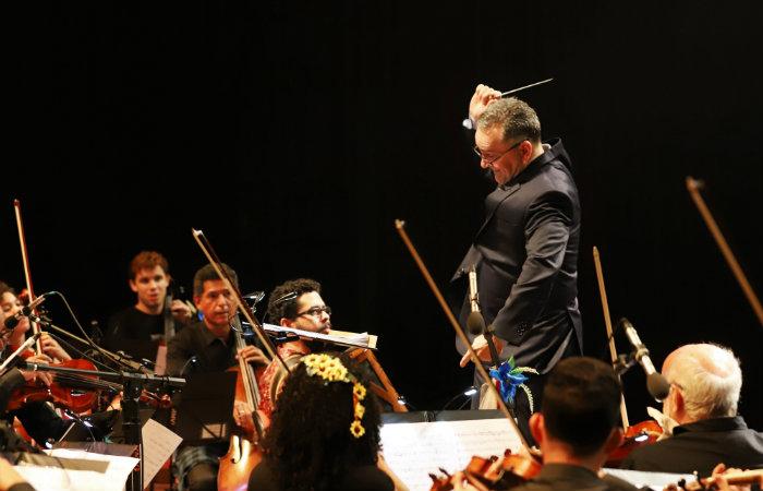 O concerto especial mistura canções da MPB com clássicos eruditos. Foto:Thiago Farias Neves/Divulgação